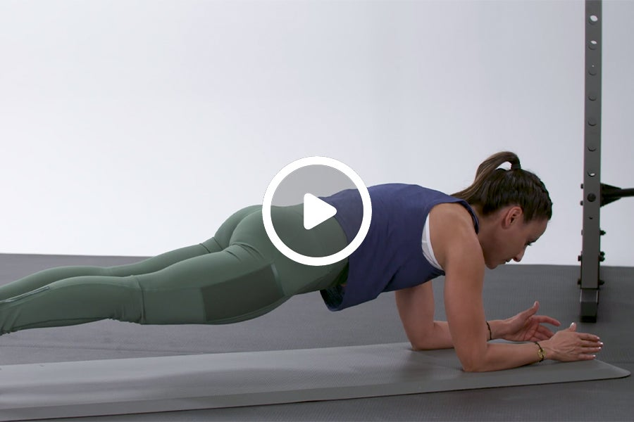 How to Hold a Plank With Proper Alignment
