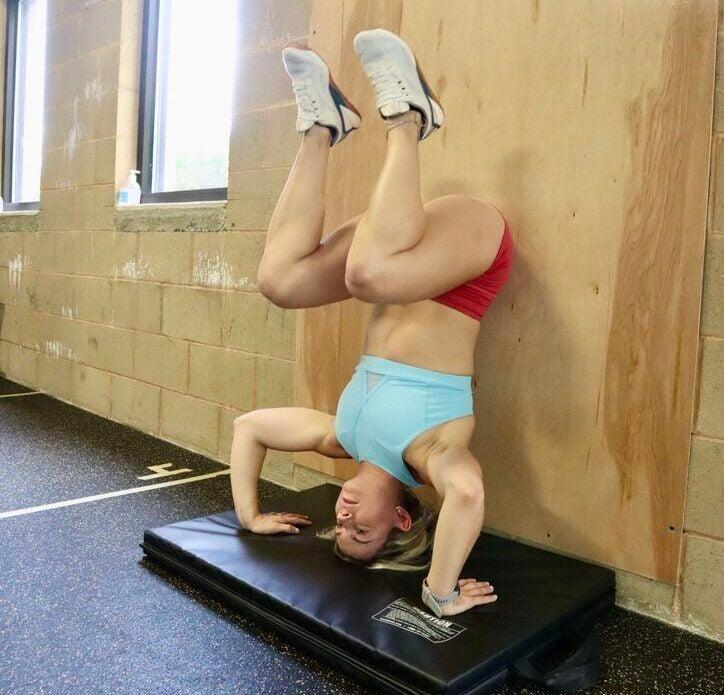 Handstand Push-Up Set Up